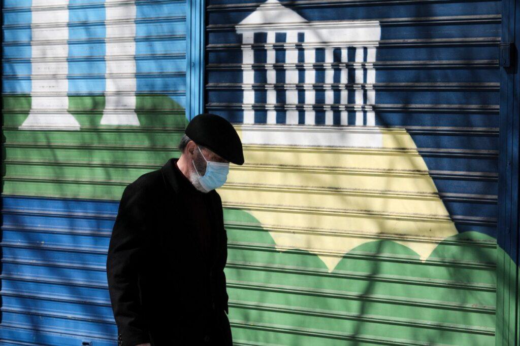 Σαρηγιάννης: Να πάμε από αύριο σε lockdown σαν του περασμένου Μαρτίου