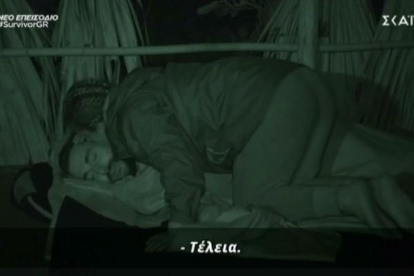 Survivor 4: Γλυκιά στιγμή για Μαριαλένα και Σάκη – Τον ξύπνησε για να του δώσει φιλάκι – Survivor